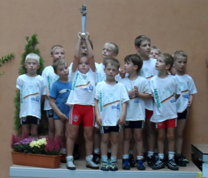 tl_files/rvt/images/Jugend/Turniere/120916GeiseltalCup/1105-Team_Geiseltal.jpg